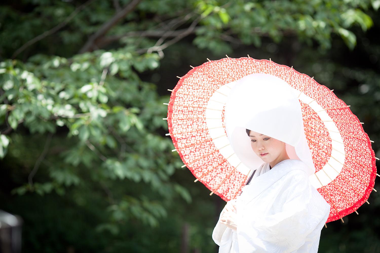 和装を考えている人必見! 白無垢と色打掛の選び方とは?