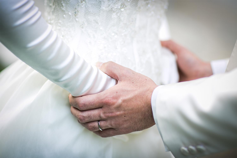 「結婚指輪」を使ったウェディングフォトアイデア4選