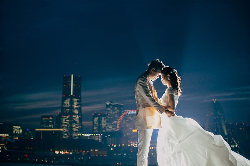 ウェディングドレスの白が映える!「夜」の前撮り撮影のすすめ