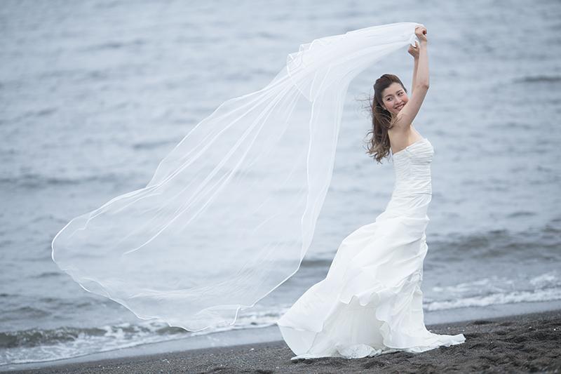 夏のウェディングフォト撮影に取り入れたい花嫁の夏メイク