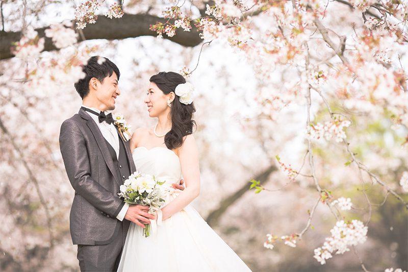 「前撮りの花嫁ヘア」はカジュアルなダウンスタイルもおすすめ