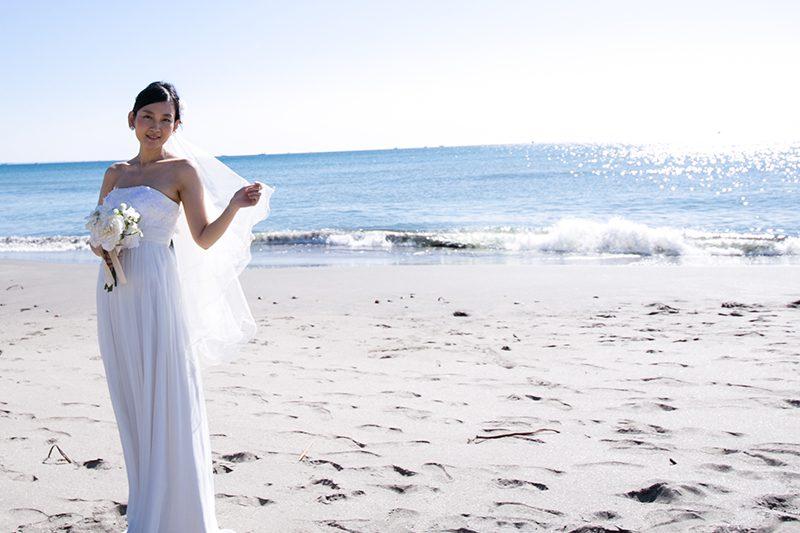 夏のウェディングフォト撮影にぴったりのウェディングドレス3選
