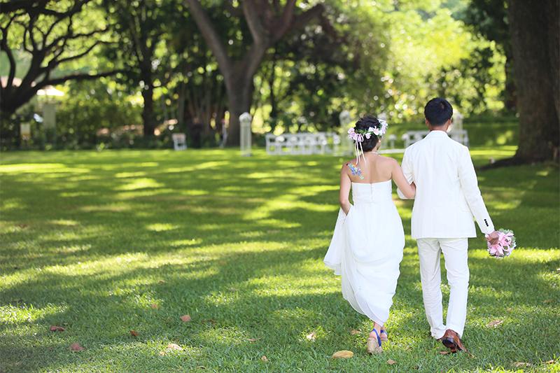 楽しくキュートな夏花嫁に「ショート丈ドレス」