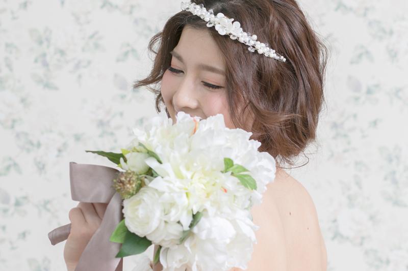 ウェディングドレスを着るなら背中ケアは必須! 綺麗な花嫁を目指そう