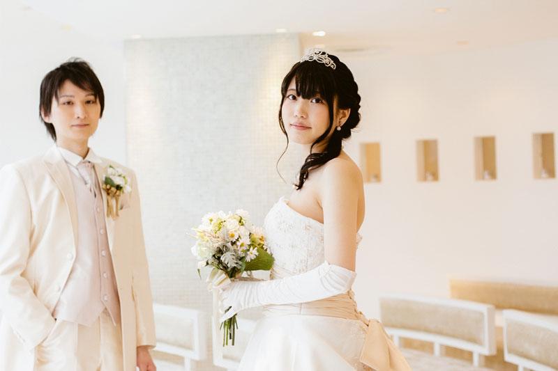 ウェディングドレス姿を美しく見せる! 花嫁の「基本の姿勢」とは?
