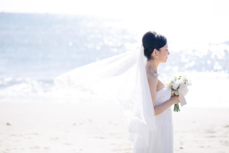 リゾートでウェディングフォト撮影するのなら、春の沖縄がおすすめ!