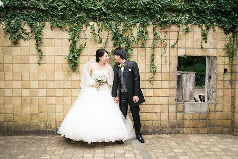 結婚式の前撮りスタジオ、選び方のポイントは?