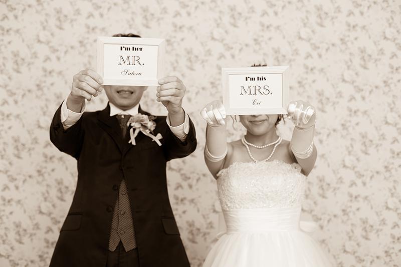 結婚式のプロフィールブックをおしゃれに! おすすめアイディアを紹介
