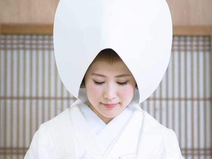 結婚式の衣装「白無垢」の歴史とは? その由来や意味をチェックしよう